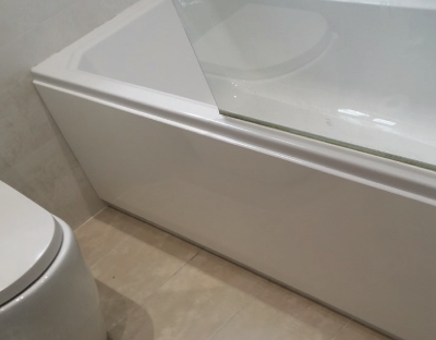 A newly installed bath panel